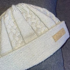 Tight fitted, silver Unit Beanie with patch